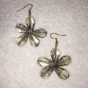 Jewelry - Floral Bead Earrings